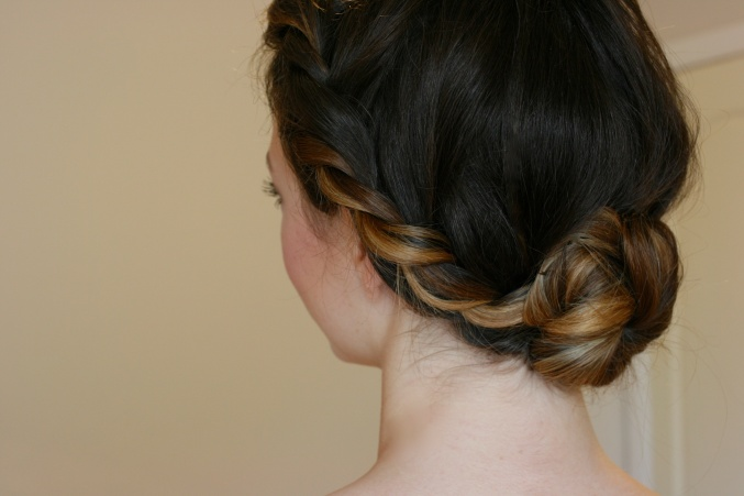 Simple twist hair do Ann Lu