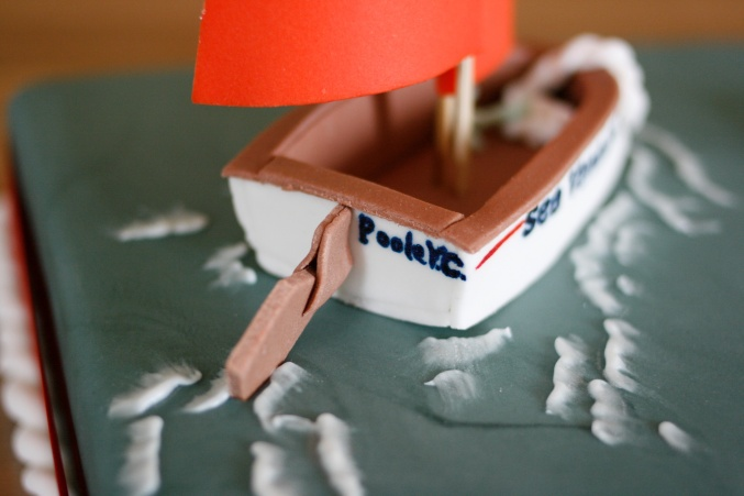 cake decorating boat