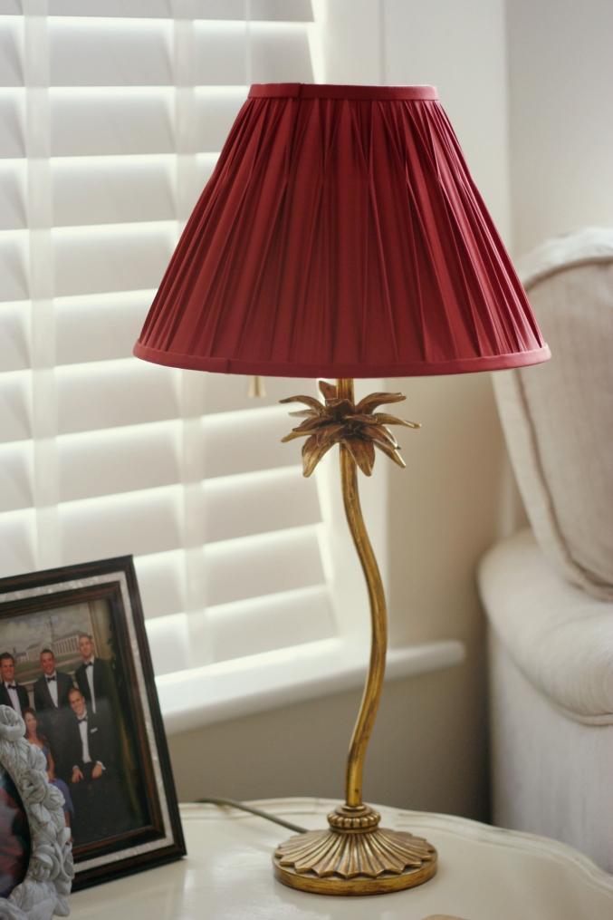 Laura Ashley lamp pineapple