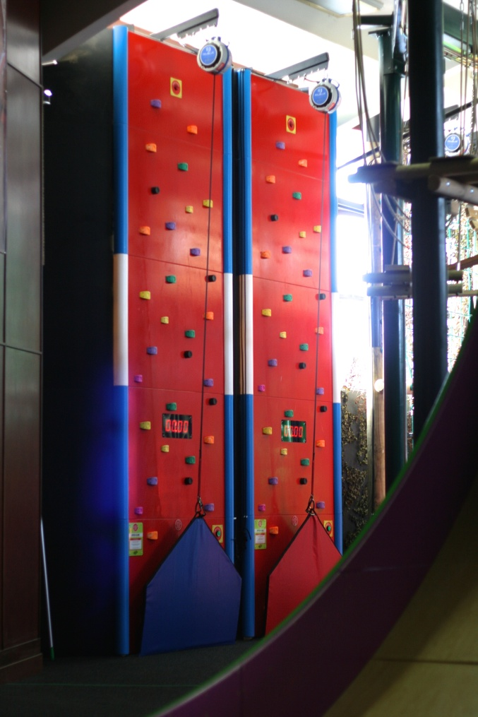 Rock Reef Bournemouth Pier Clip b Climb