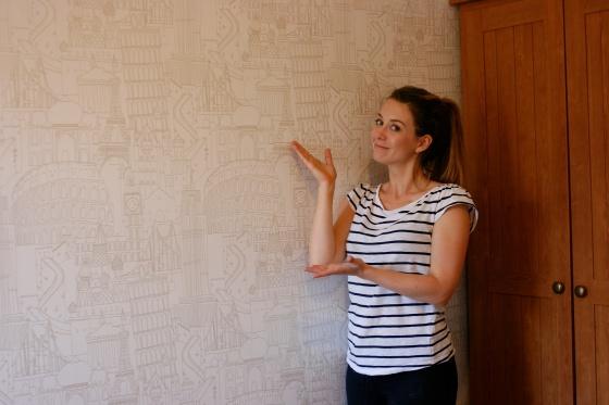 Globe Trotter Wallpaper