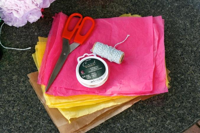 DIY tissue pompoms