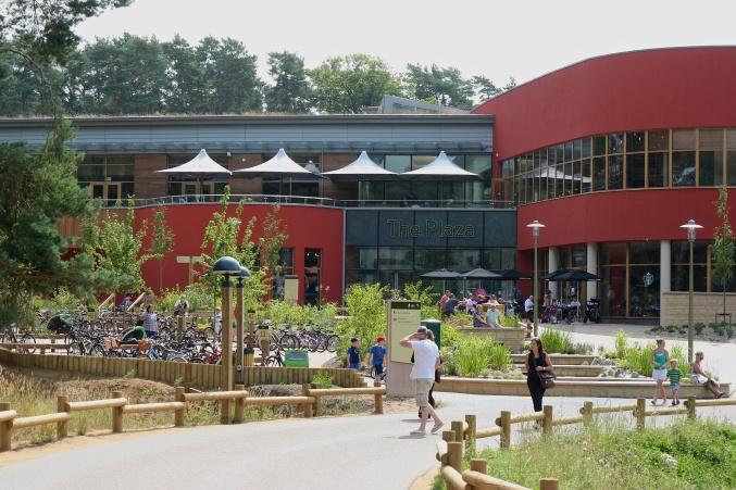 Center Parcs Woburn Plaza