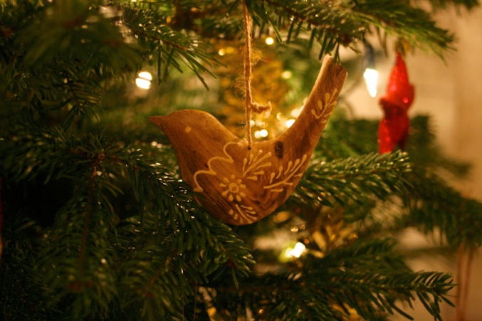 wooden bird tree decoration