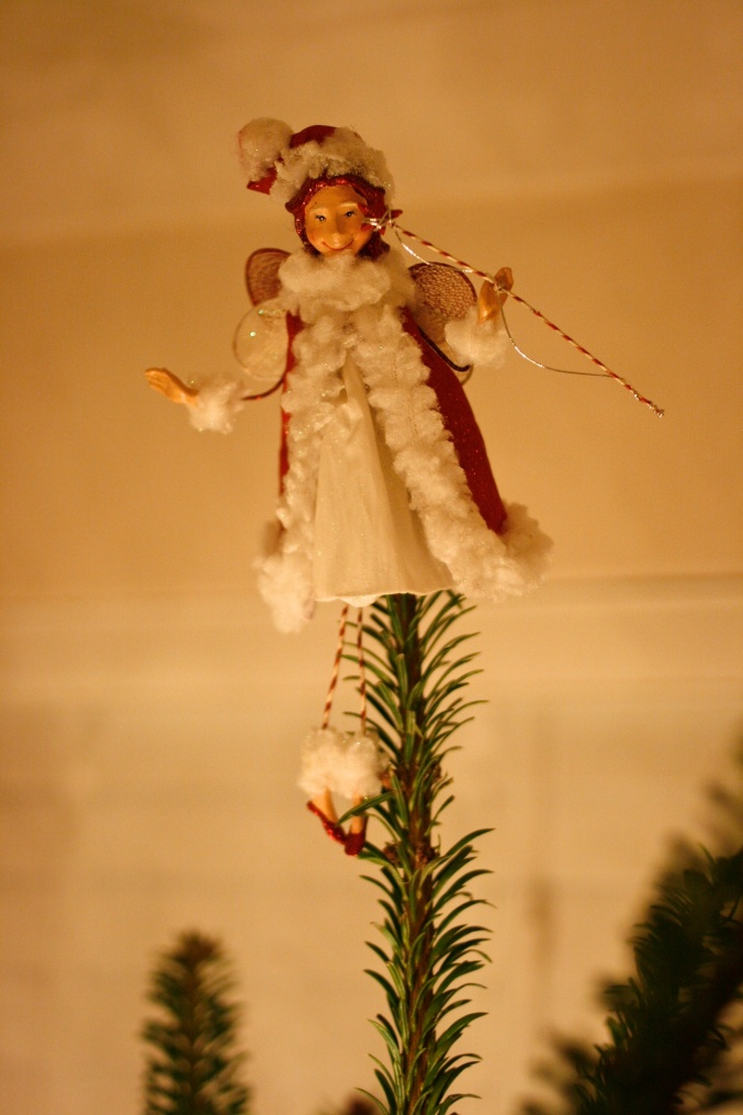 Christmas tree pixie