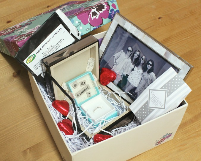 what_to_put_in_a_be_my_bridesmaid_box