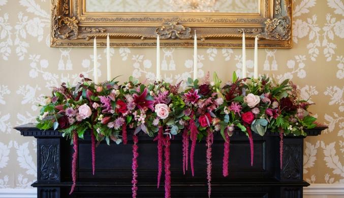 autumn-wedding-fireplace-arrangement