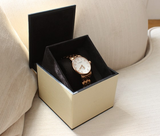 Links_Of_London_Gold_Watch2 4