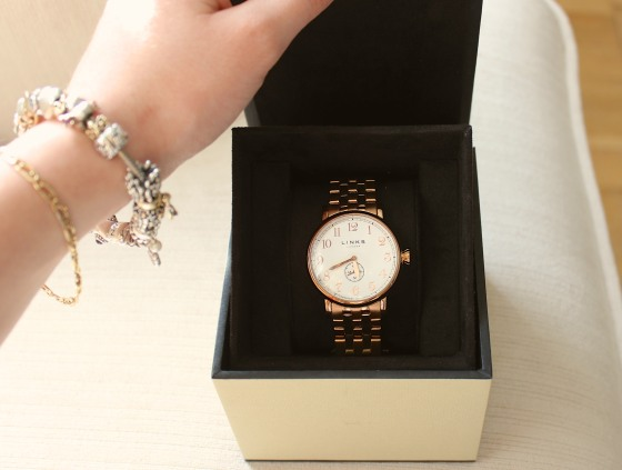 Links_Of_London_Gold_Watch2 6